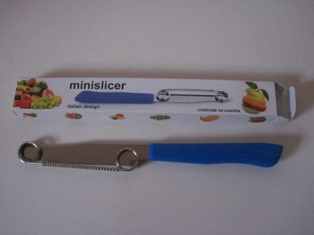 Faca para usar criatividade a cortar frutas e legumes