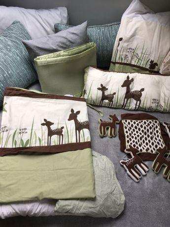 Przepiękny duży komplet do łóżeczka z bawełny organicznej.