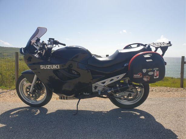 Moto Suzuki GSX 750 F
