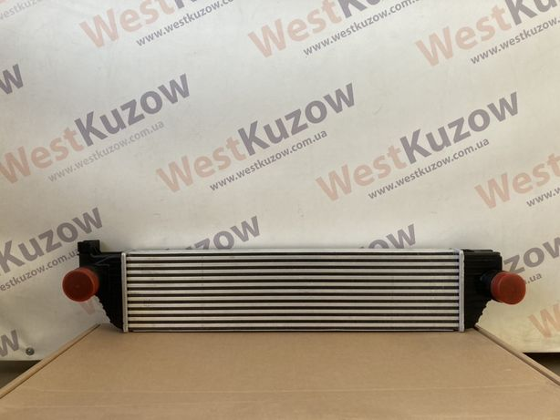 Інтеркулер радіатор інтеркулера Renault Master / Opel Movano 2010-