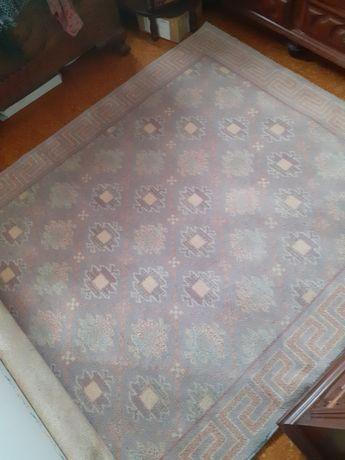 Bonita Carpete Grande