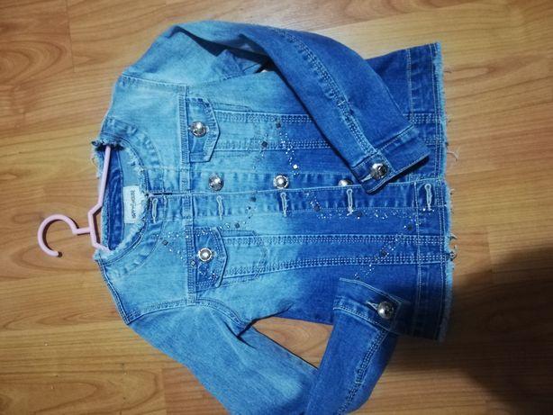 Ubrania Dziewczęce 116-122