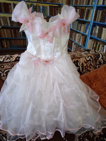 Сукня святкова на 8 років