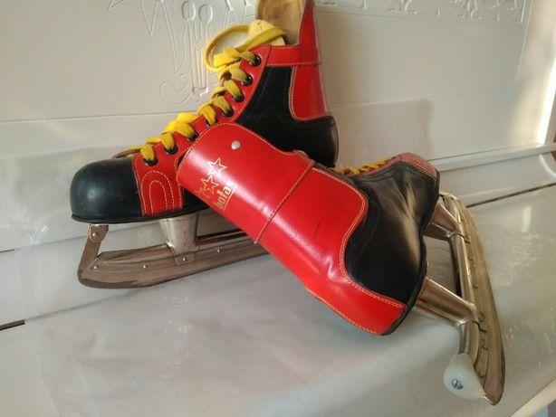 Хоккейные коньки Botas 40размер