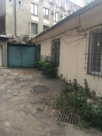 Продам квартиру на земле с гаражем на улице Ясная.
