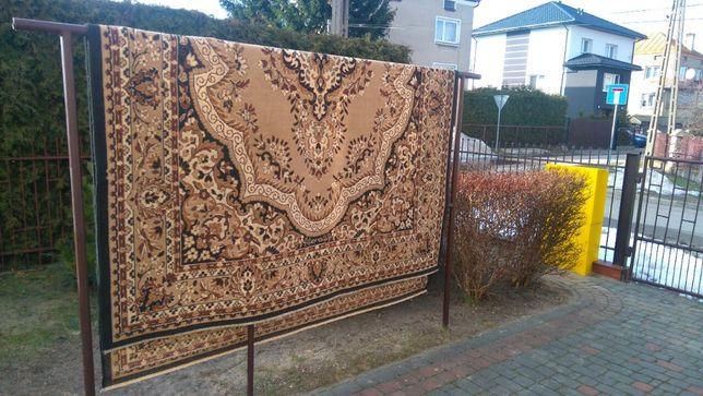 dywan turecki o rozmiarze 3, 2x2,40