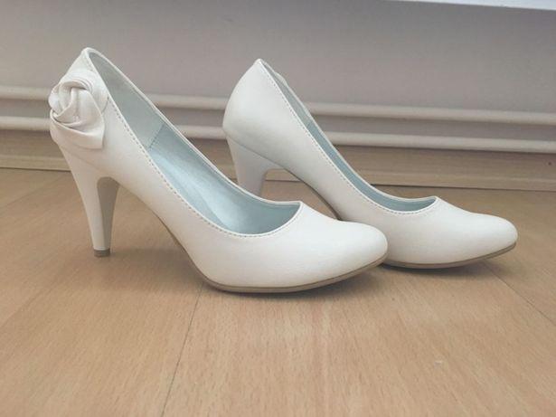 Nowe buty ślubne ecri 36
