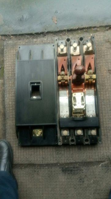 Продам автоматический выключатель