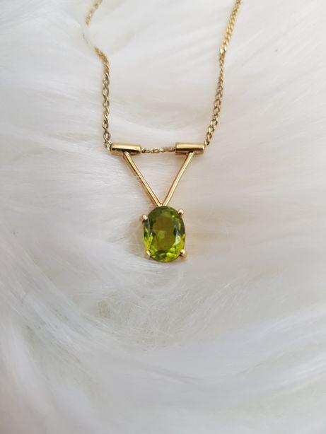 Złoty łańcuszek naszyjnik 585 z oliwinem certyfikat