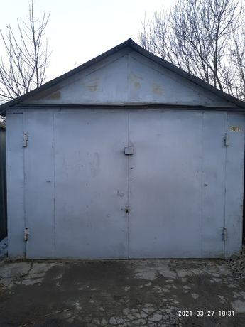 гараж металевий в кооперативі 16