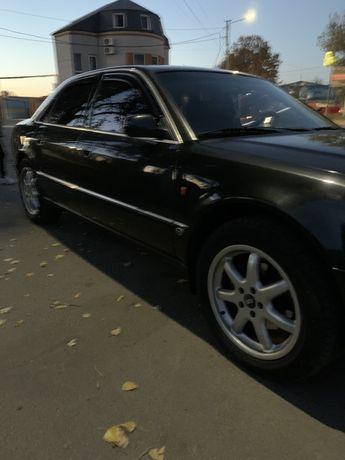 Продам Audi A8 1996