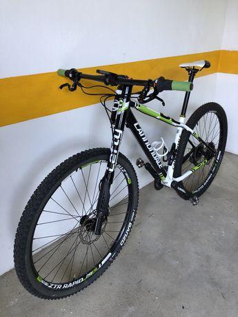 Bicicleta Cannondale Lefty 29r