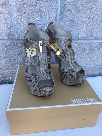Sapatos Michael Kors originais tamanho 38