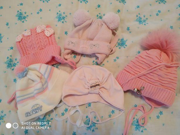 шапочки на девочку от 0 до 6 месяцев можно и дольше