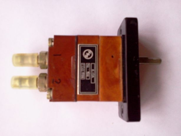 Пневмораспределитель пневмокнопка датчик пневмотумблер пневмореле