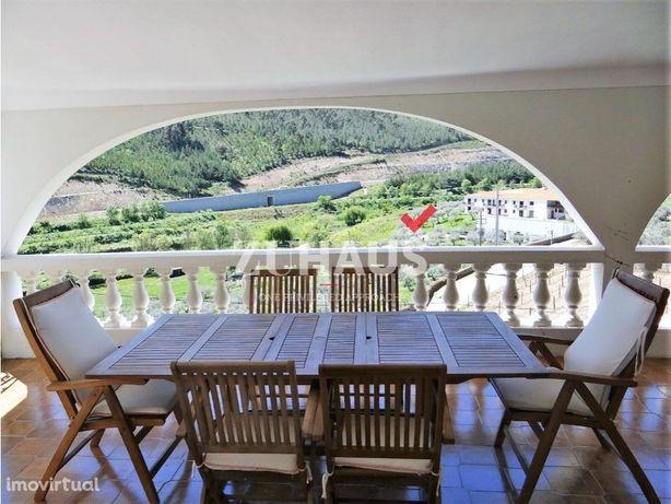 Quinta Vinícola/Casa/Adega na região Demarcada do Douro