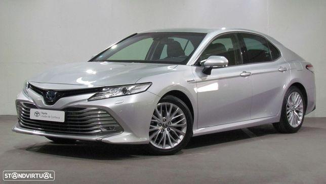Toyota Camry 2.5 Hybrid Luxury
