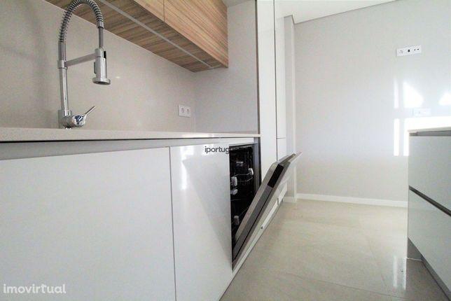 Oportunidade- Apartamento Palmela em construçao- 1 Esq