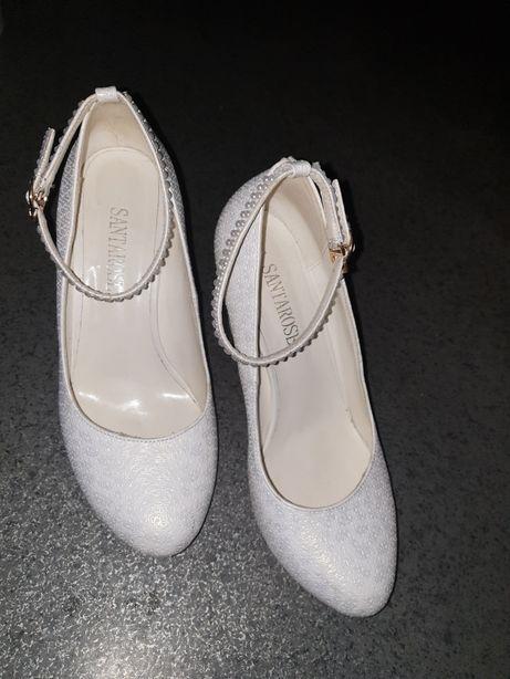 Свадебные туфли с застежкой на косточке каблук 9см