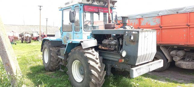 Продам трактор ХТЗ 17221 з 5ти корпусним плугом.