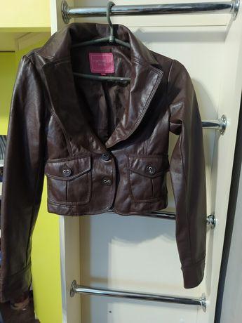 Кожаный укороченный пиджак