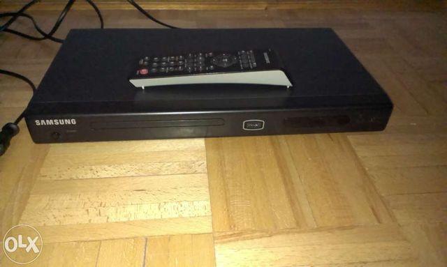 Odtwarzacz DVD Samsung P181 z Divx