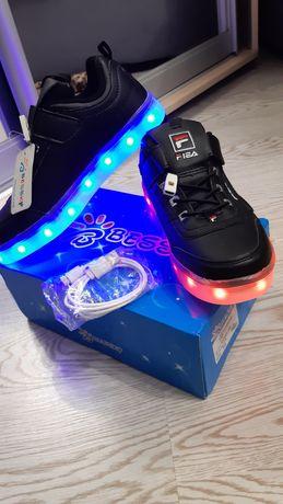 LED светящиеся кросовки