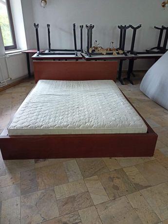 Łóżko sypialniane stan dobry