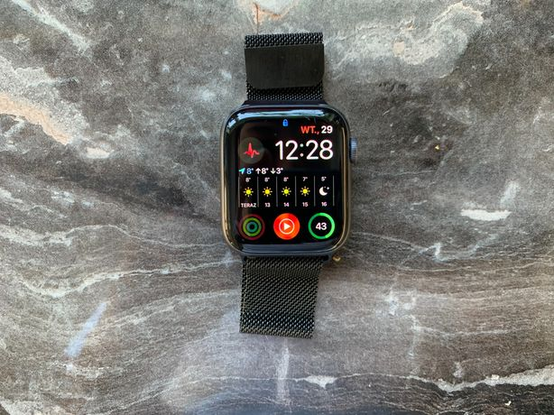 Apple Watch series 4 cellular space gray