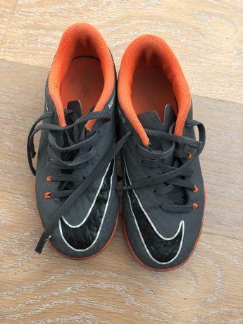 Детские футзалист Nike Hypervenom 33,5 см