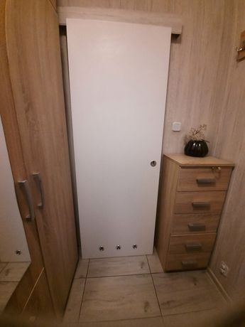 Sprzedam drzwi przesuwane