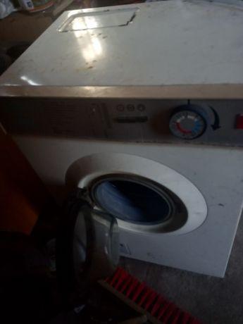 Pierwsza pralka automatyczna Polar Stara