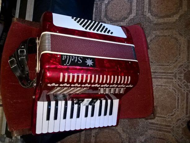 sprzedam akordeon stella 48 basow stan idealny