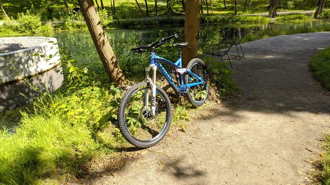 Trek Slash 8 M Велосипед для города и катки