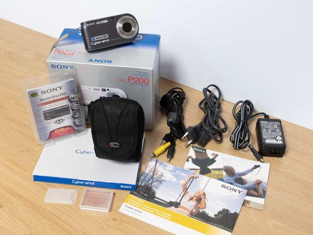 Máquina fotografica SONY DSC P200