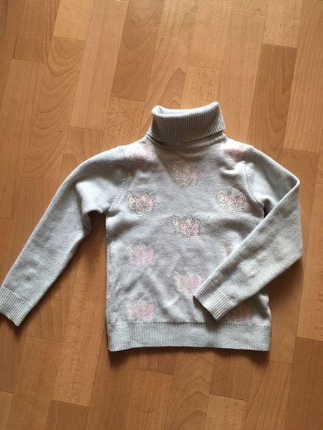 Теплый свитер для девочки