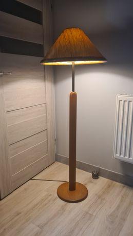 Lampa podłogowa drewniana