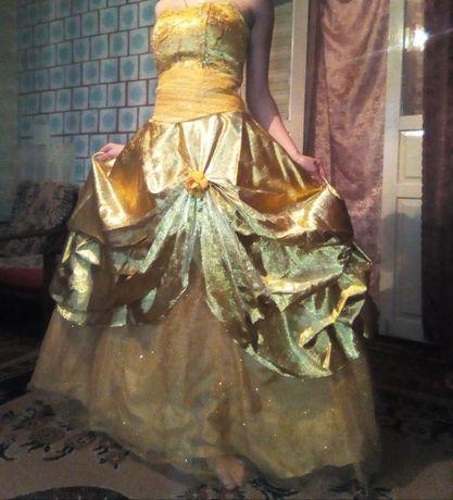 Випускні плаття