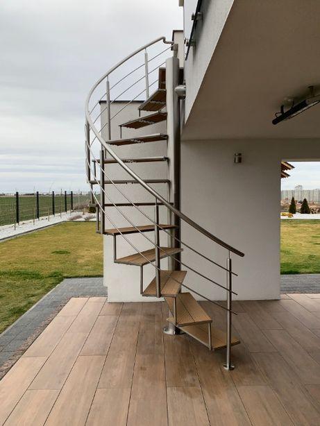 Schody, poręcze, balustrady i ogrodzenia panelowe