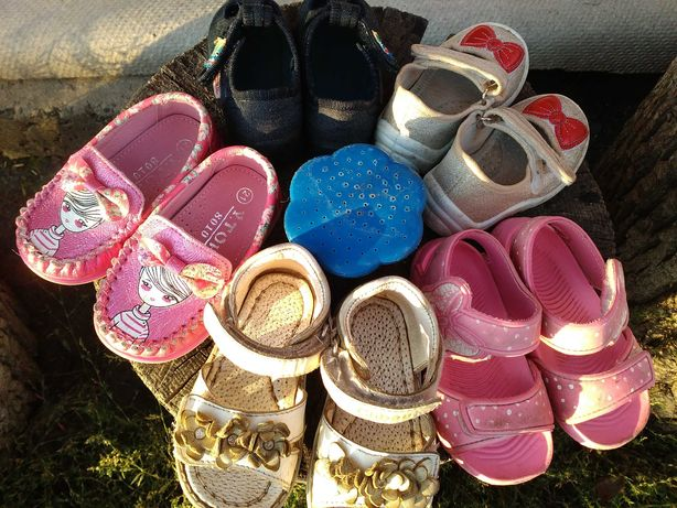 Дитяче взуття, літнє взуття на дівчинку