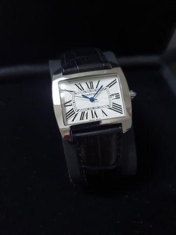 Zegarek z logo CARTIER Limited edycja