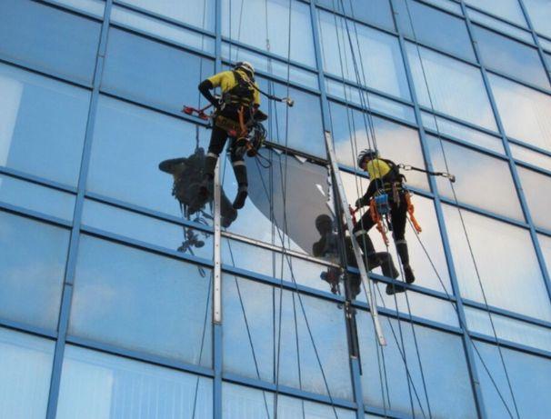 Промышленные альпинисты, верхолазы, высотные работы, высотники