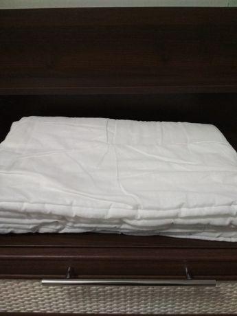 Одеяло тёплое в детскую кроватку