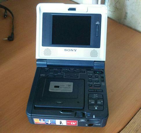 Мини DV магнитофон Sony GV-D1000E