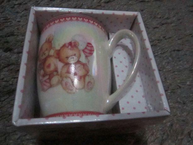 Чашка подарочная новая к 8 марта или другой праздник.