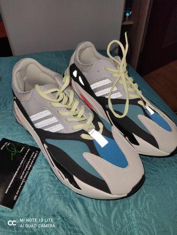 Adidas Yeezy Boots 700 43 1/3