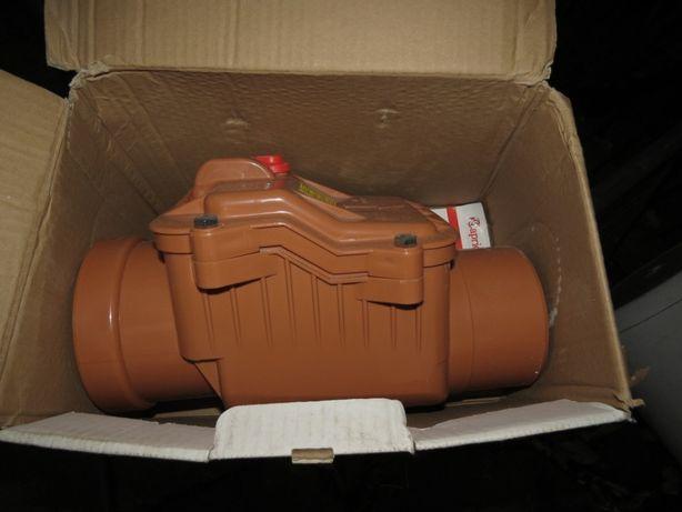 Обратный клапан Capricorn 5000/110 для канализации Ду 100 новый