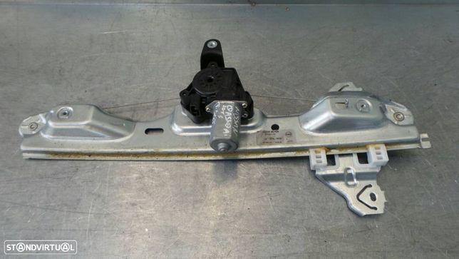 Elevador Vidro Trás Direito Nissan Juke (F15)