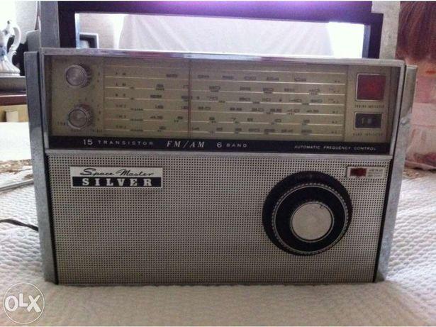 Rádio de coleção