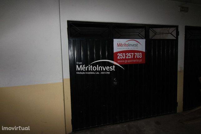 Arrendamento de Garagem Individual em Lomar